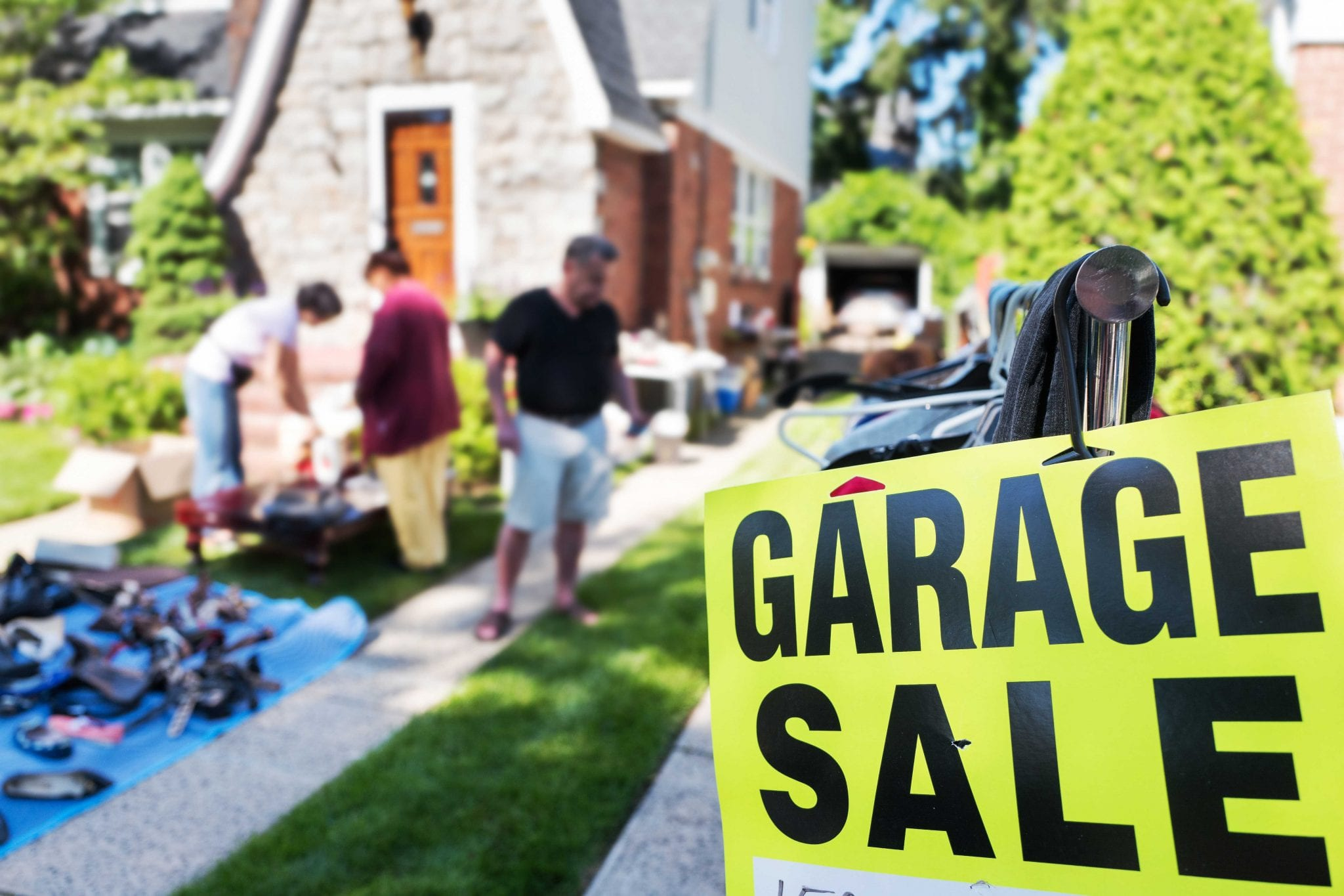 How To Plan A Garage Sale For Moving